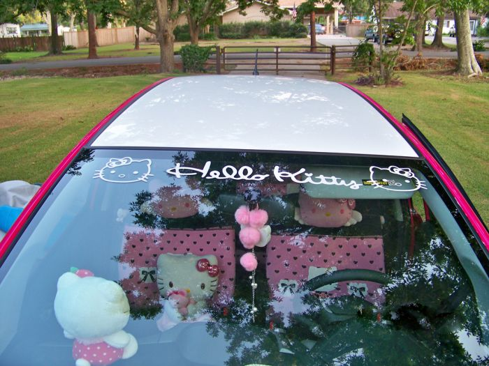 Hello Kitty Honda Fit 2010 (21 pics)