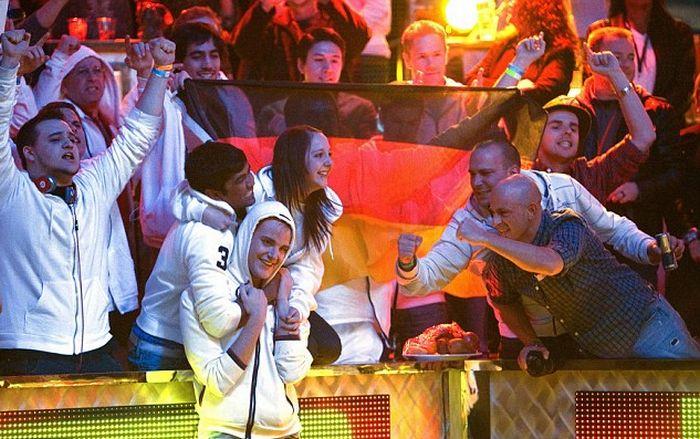 German Player Wins World Series Final (9 pics)