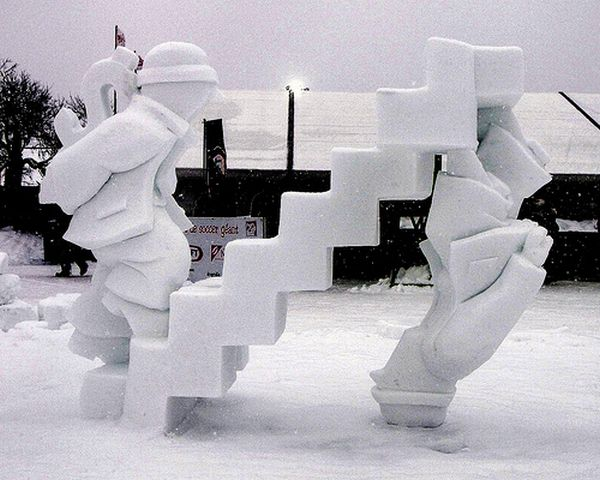 Awesome Snow Sculptures (39 pics)