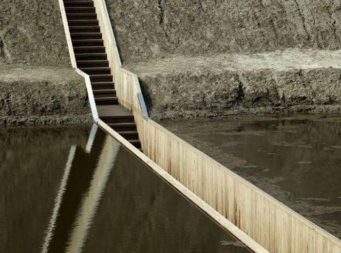 Moses Bridge of Fort de Roovere (12 pics + video)