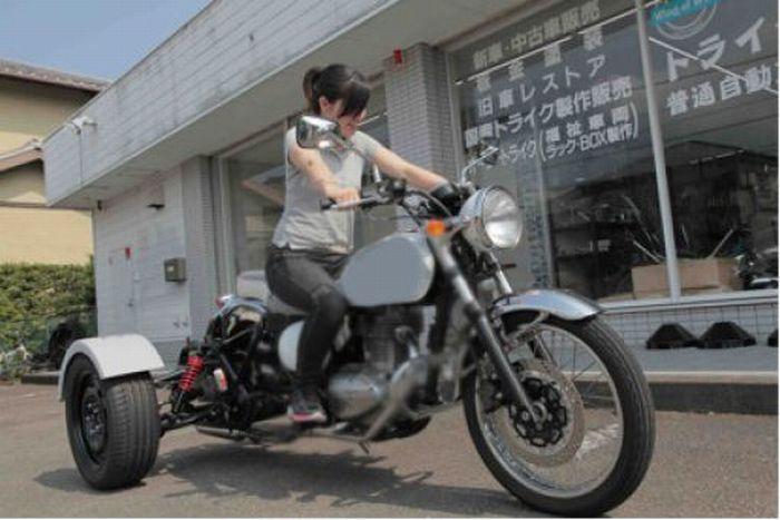 Bike That Runs on Feces (26 pics + video)