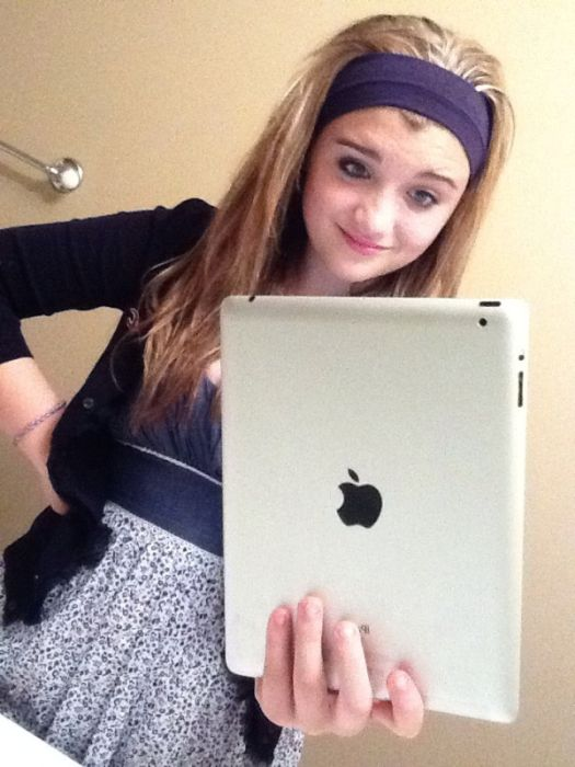 Never Take Pictures With An iPad (21 pics)