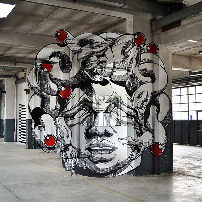 Medusa Inside an Old Factory (6 pics)