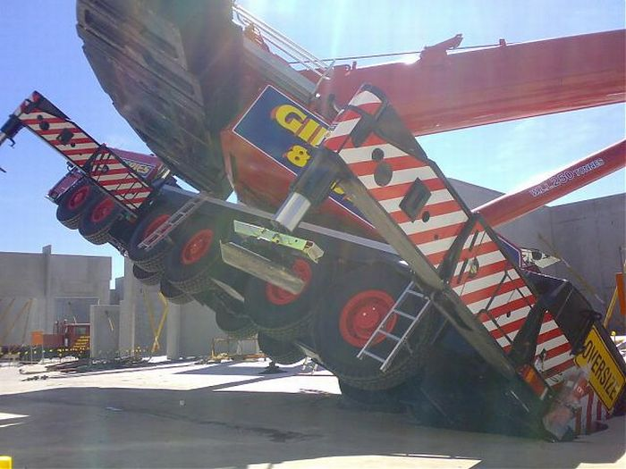 Crane Fail in Australia (7 pics)