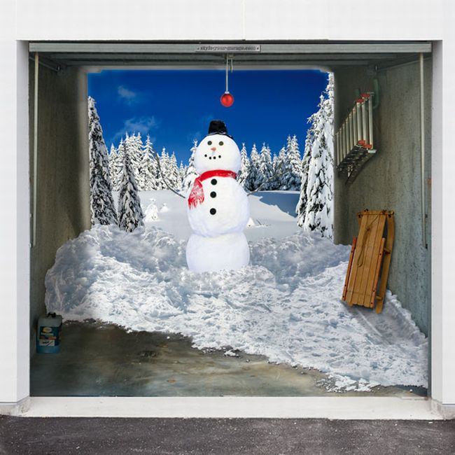 Styling Your Garage Doors for Christmas (10 pics)
