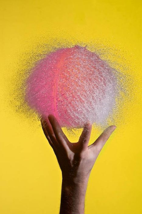 Water Balloon Bursting Photos (38 pics)
