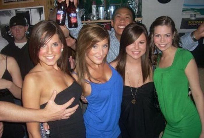 Fun Times in College (47 pics)