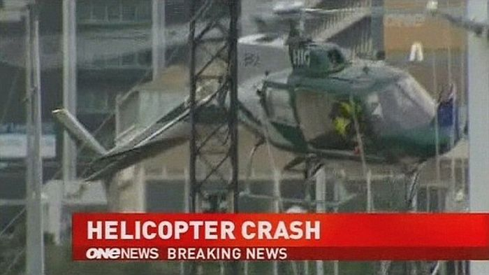 Pilot Escaped Helicopter Crash (7 pics + video)
