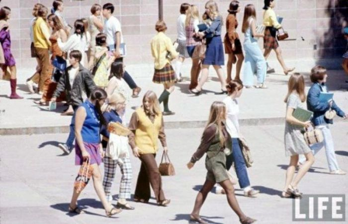 High School Fashion in 1969 (16 pics)