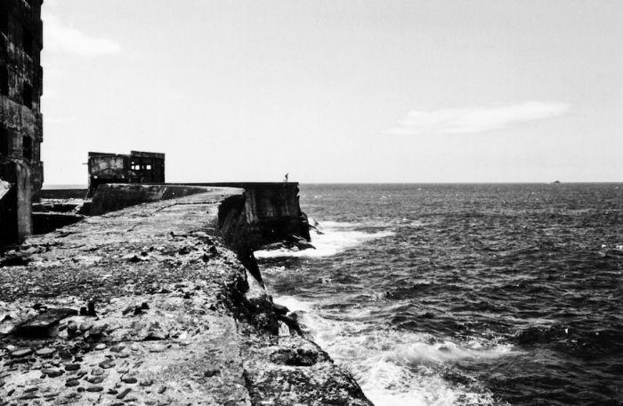 Hashima Island. Japan's Ghost Island (33 pics)
