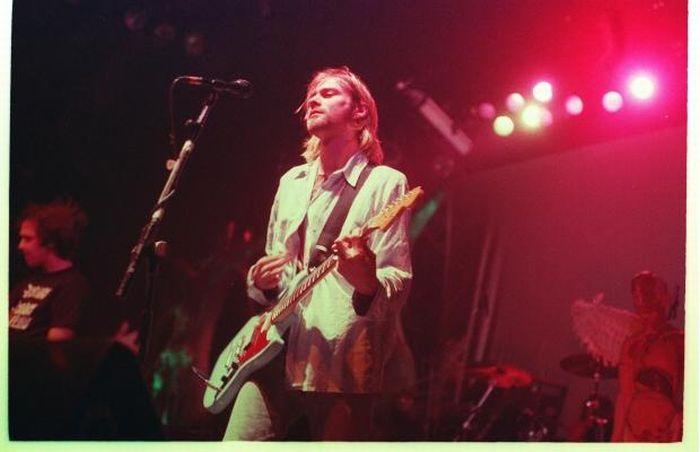 28 Rare Pictures Of Kurt Cobain | Kurt Cobain | Pinterest ...