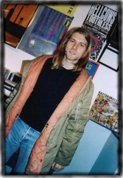 Check Out Amazing Rare Photos Of Nirvana Before They Were ...