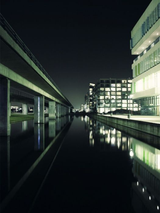 Urban Photography (63 pics)