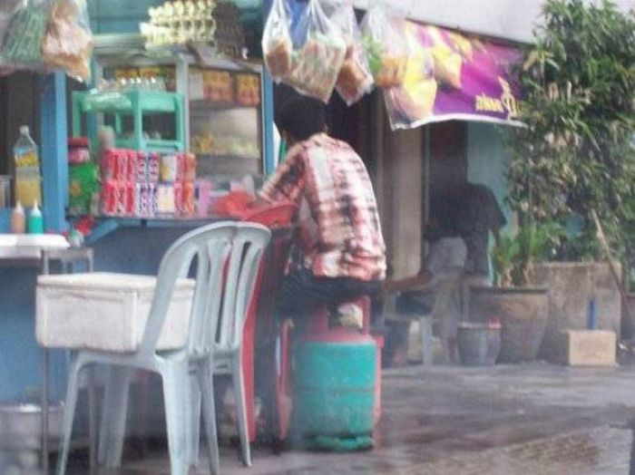 Only in Malaysia and India (48 pics)