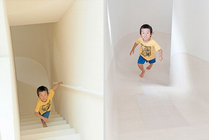 Awesome Slide House in Japan (9 pics)