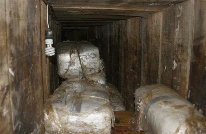 The Drug Tunnels Under the U.S.-Mexico Border (17 pics)