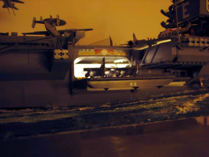 Amazing Detailed Model of CVN-65 (18 pics)
