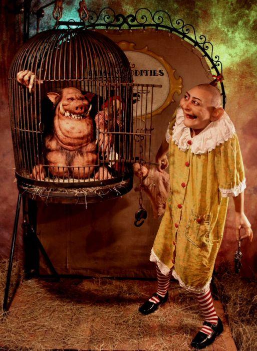Thomas Kueblers Beggars and Freaks (54 pics)