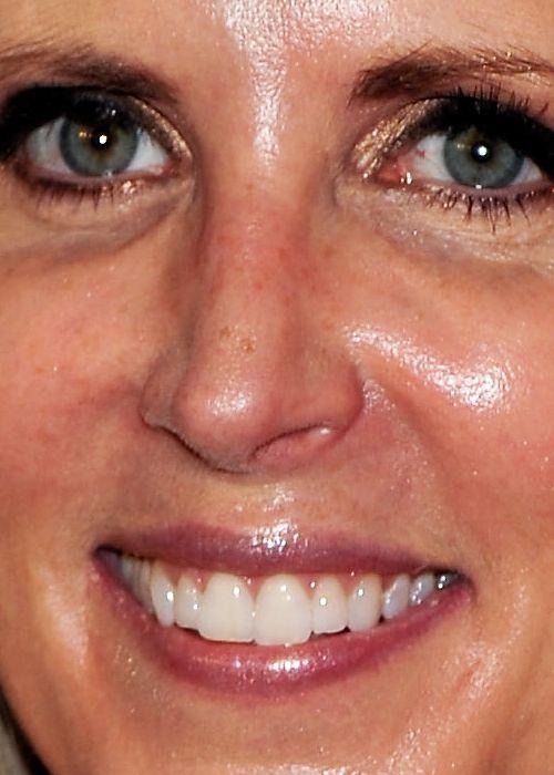 Celebrity Close-Up Shots (60 pics)