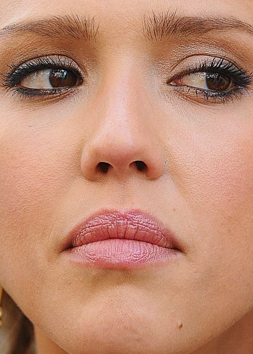 Celebrity Close-Up Shots 60 Pics-9937