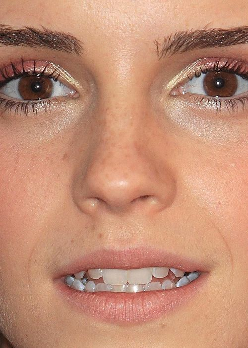 Celebrity Close-Up Shots 60 Pics-4078