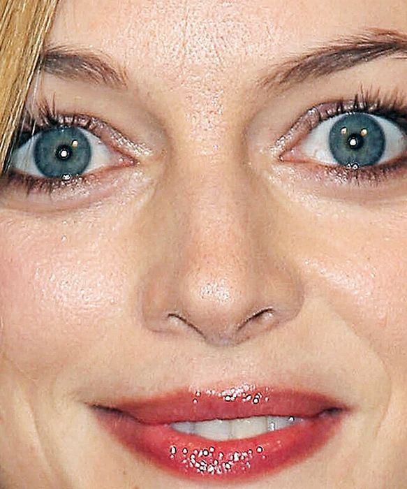 Celebrity Close Up Shots 60 Pics