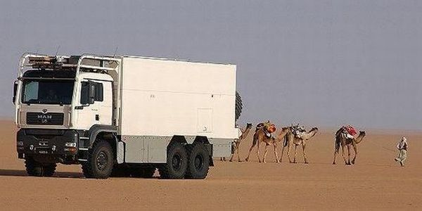 Great Truck for a Trip Across a Dessert (34 pics)