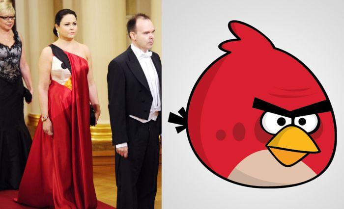 Wife of an App-Maker Wearing an Angry Birds Dress (4 pics)