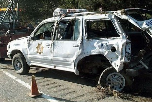 Police Car Crashes (125 pics)
