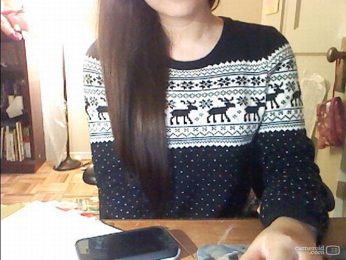 Girls in Christmas Jumper (60 pics)