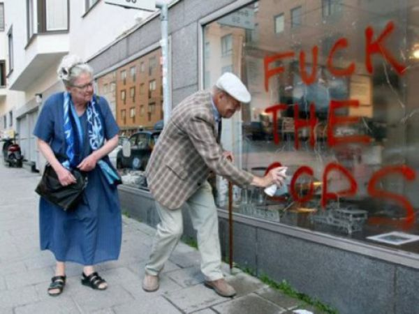 Grandparents Gone Wild (30 pics)
