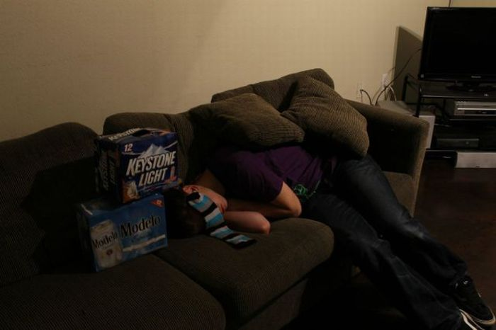 Don't Drink Too Much at a Party. Part 2 (9 pics)