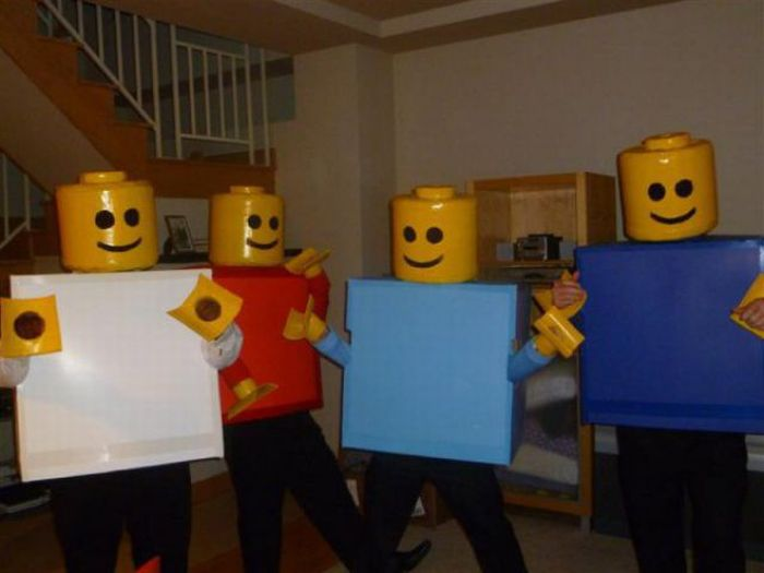 The Best Group Costumes of 2011 (26 pics)