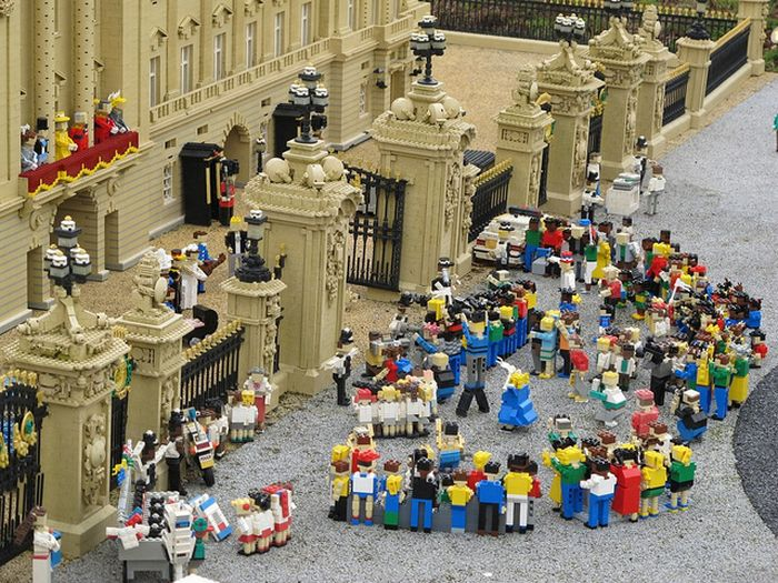 2011 in Lego (14 pics)