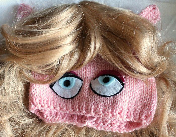 Hilarious Handmade Muppets Hats (10 pics)