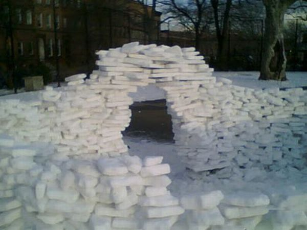 Great Snow Forts (45 pics)