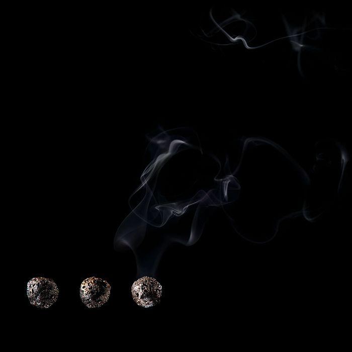 Matches as Art (24 pics)