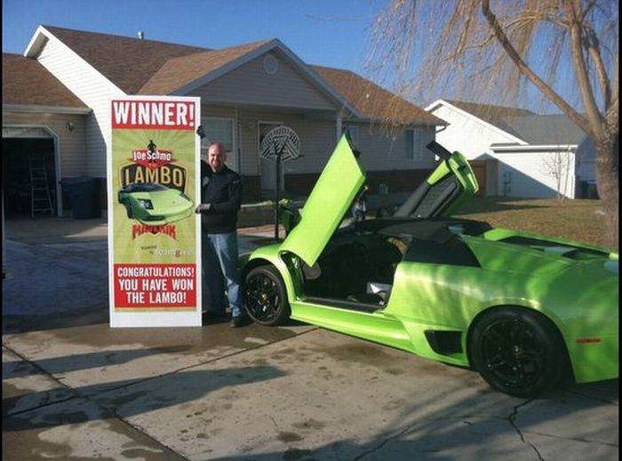 Utah Man Wins and Crashes a Lamborghini (10 pics)