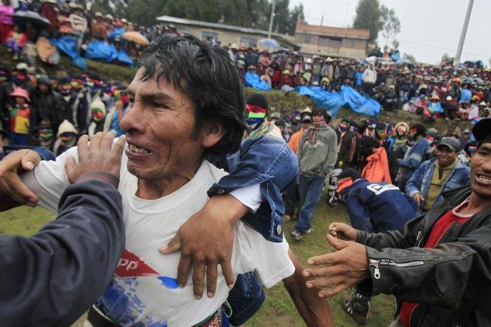 Tradición: Peleas de peruanos en estado de ebriedad