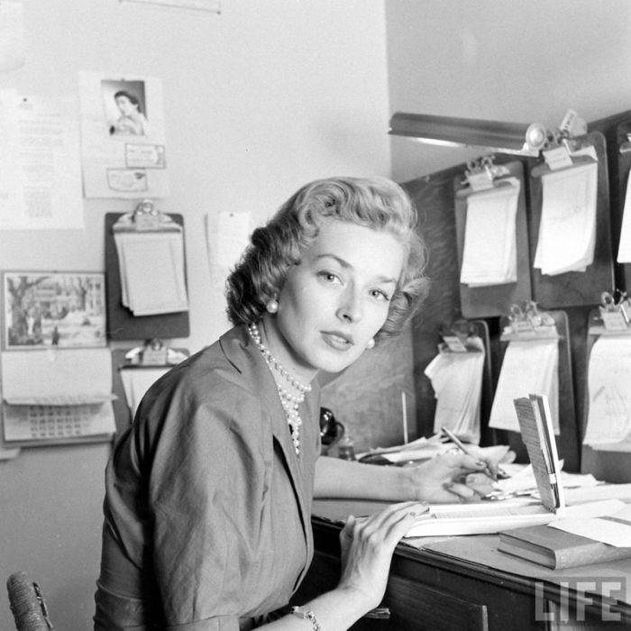 Model Agency in 1948 (24 pics)