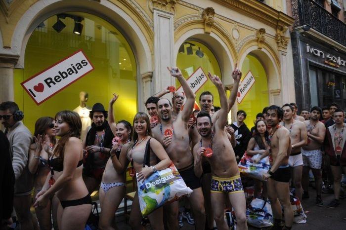 Arrive Half-Naked, Leave Fully Dressed Sale (44 pics)