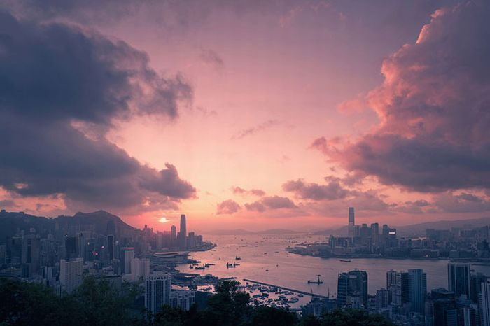 IR Photos of Hong Kong (49 pics)