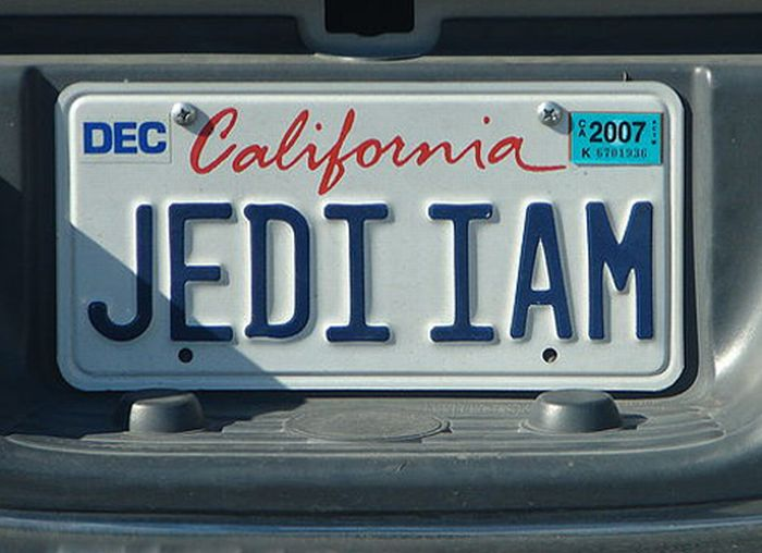 Cool License Plates (15 pics)