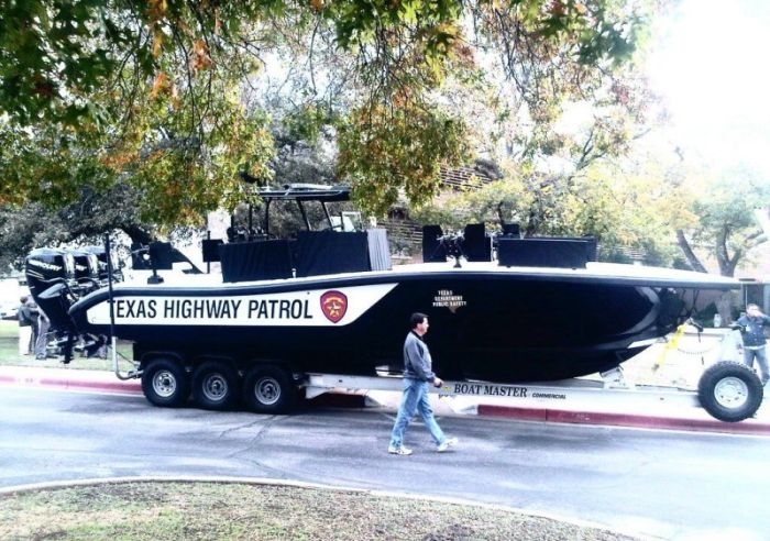 Bad Ass Boat of Texas Highway Patrol (6 pics)