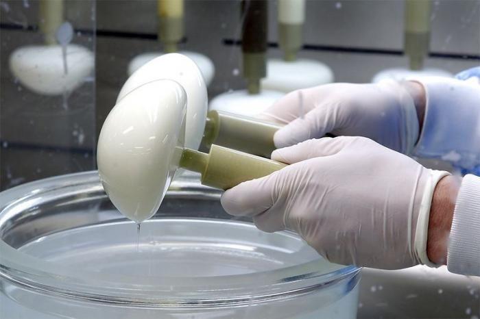 Breast Implants Production (14 pics)