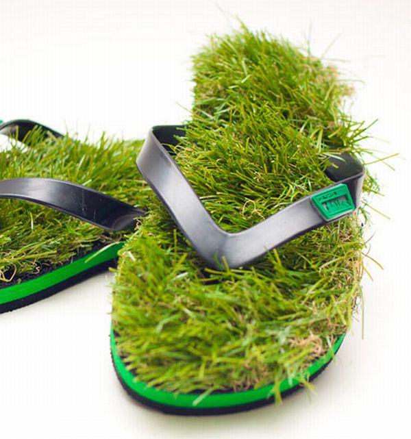 Grass Flip Flops (5 pics)