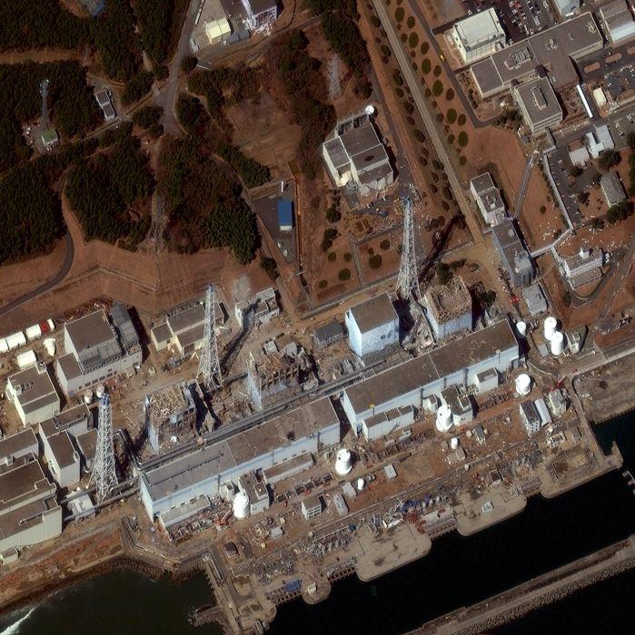 Digital Globe Images (33 pics)