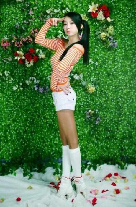 How Asians Pose 96 Pics-1206