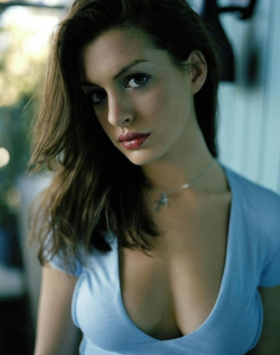 Beautiful Celebrities (55 pics)