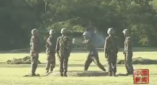 Crazy Chinese Army Training